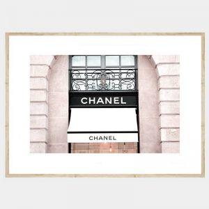 Chanel Window - Flat Natural